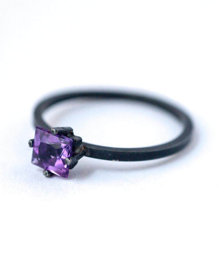amethyst ring - black silver ring