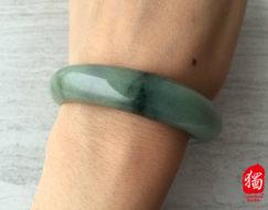 jade-jadeite-bangle_s11-185
